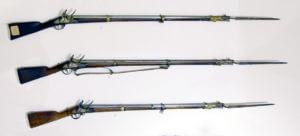 Francouzské křesadlové pušky (gardová, pěchotní, dragounská užívaná voltižéry pěchoty; výstava Znaim/Znojmo 1809)